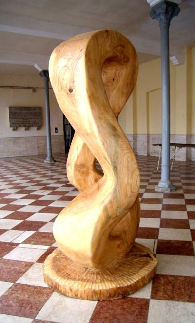 Precario, 2010